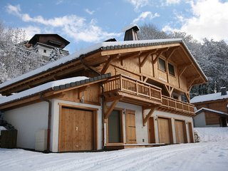 Beautiful luxury 3 bedroom chalet, with stunning views over Samoens