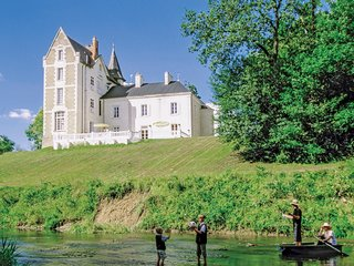 10 bedroom Chateau in Bonnet, Centre, France : ref 5682602