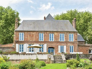 6 bedroom Chateau in Gournay-en-Bray, Normandy, France : ref 5682600