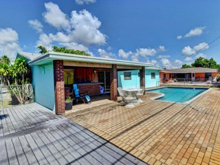 Delray Beach Pool House