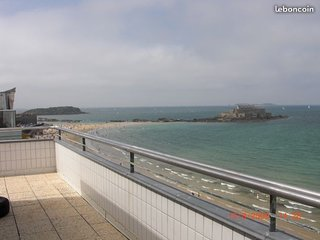 Location appartement a SAINT-MALO face plage Sillon 5/6 Pers