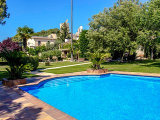 Catalunya Casas: Villa Santa Oliva (Manel) for up to 18 guests, only 10km to the