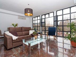 Estupendo y amplio piso de lujo nuevo centro Granada