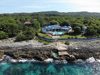 Blue sky villa,Luxury house on the cliffs & SEA