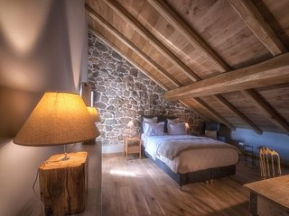 Agence Propriano Location : Magnifique chambres au coeur de Fozzano (2/2)