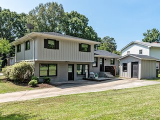Cotswold Charmer minutes from Downtown Charlotte
