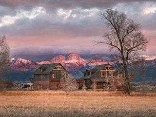 5 BR Postcard Views, Teton Valley ID