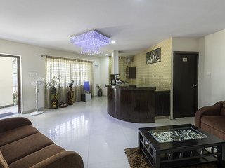 4 Seasons Suites, Premium Apartment Suite 1- Single Bed Room Apartment