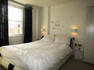 King Cross Private Double room  (7)