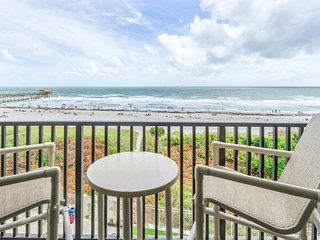 Penthouse - Oceanfront - Corner Unit - Direct Beach Views Throughout