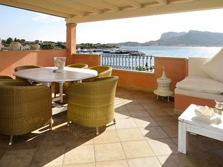 2 bedroom Apartment in Golfo Arnaci, Sardinia, Italy : ref 5682947