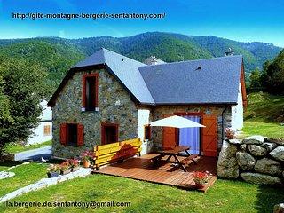 La Bergerie de Sentantony gîte chalet de montagne au coeur des Pyrénées