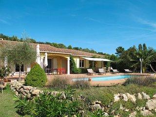 3 bedroom Villa in Bagnols-en-Forêt, Provence-Alpes-Côte d'Azur, France : ref 56