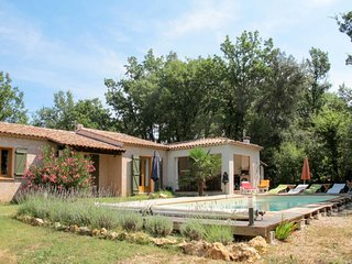 4 bedroom Villa in Régusse, Provence-Alpes-Côte d'Azur, France : ref 5682770