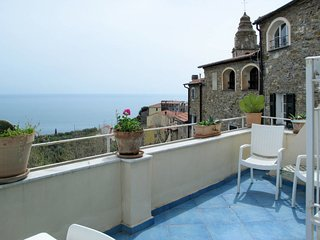 4 bedroom Villa in Cipressa, Liguria, Italy : ref 5683192