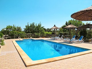 4 bedroom Villa in Vilafranca de Bonany, Balearic Islands, Spain : ref 5682740