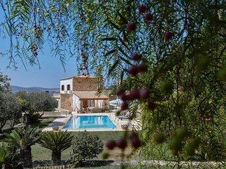 4 bedroom Villa in Keramoútsion, Crete, Greece : ref 5681741
