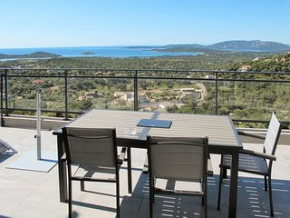4 bedroom Apartment in Cirendinu, Corsica, France : ref 5682761