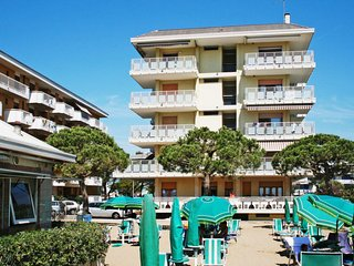 2 bedroom Apartment in Carpazi, Veneto, Italy : ref 5683182