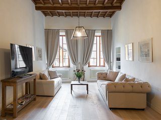 PURE LUXURY IN OLTRARNO FLORENCE