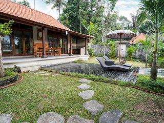 Sunny Luxury Private Villa