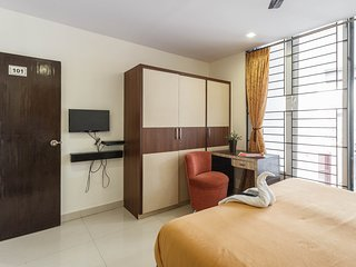 4 Seasons Suites, Executive Room 4- Near Forum, Koramangala.