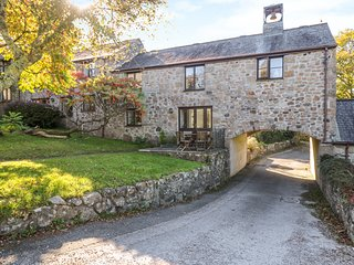 BELL COTTAGE,within grounds of former manor house, peaceful location, close to