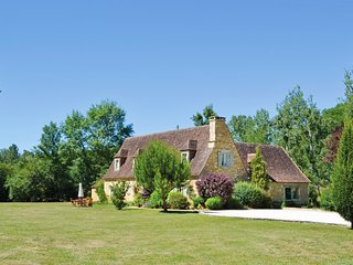 4 bedroom Villa in Ladoux, Nouvelle-Aquitaine, France : ref 5683402