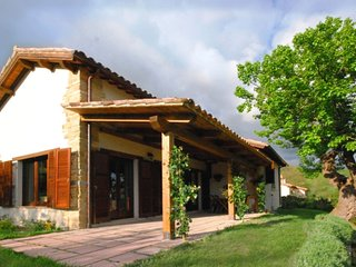 3 bedroom Villa in Castel San Venanzo, The Marches, Italy : ref 5667794