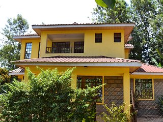 Countryside Villa-3BR with Unlimited WIFI&DSTV