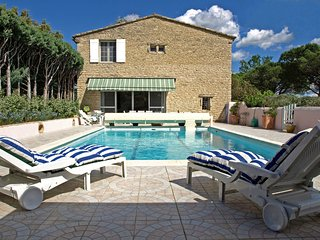 1 bedroom Villa in Cabrières-d'Avignon, Provence-Alpes-Côte d'Azur, France : ref