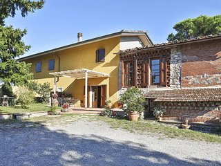 4 bedroom Villa in Castagnori, Tuscany, Italy : ref 5683434
