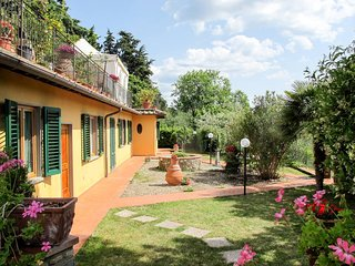 2 bedroom Apartment in Sant'Angelo in Colle, Tuscany, Italy : ref 5446757