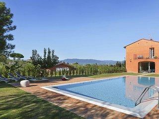 3 bedroom Villa in Colle di Compito, Tuscany, Italy : ref 5683436