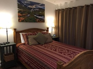 Glenwood Springs 2 Bedroom Apartment 30 days minimum