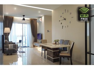 ( Johor DownTown ) Luxury Suites at Meldrum Hill