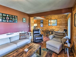 NEW! Cozy Beech Mountain Condo -Walk to Ski Slopes