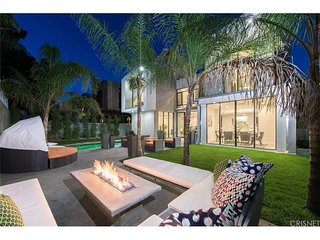 Newly Built Beverly Hills Ultra Modern Home