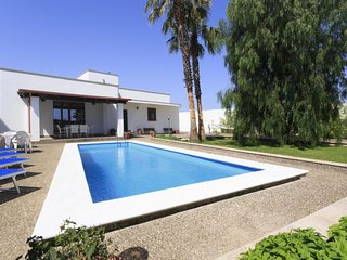 4 bedroom Villa in Tiggiano, Apulia, Italy : ref 5512999