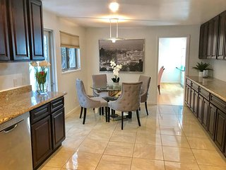 Remodeled Condo in Prime Beverly Hills Area