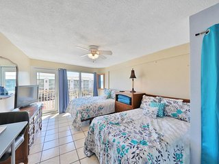 NEW LISTING! Newly updated studio with ocean view & shared pool