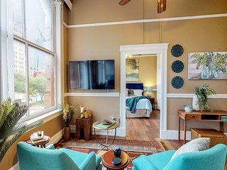 NEW LISTING! Bright downtown apartment w/city view - near dining & entertainment