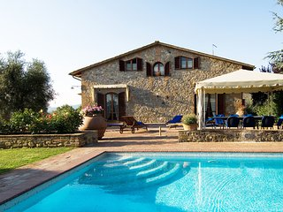 Villa Saena - Stunning villa with swimming pool and spa