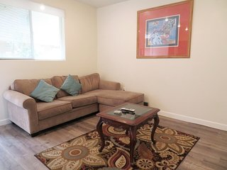 2 Bed/2 Bath w/ King Bed & Large Suede Sofa (F29)