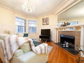 Back Bay 2 Bedroom Apartments near Fenway Park