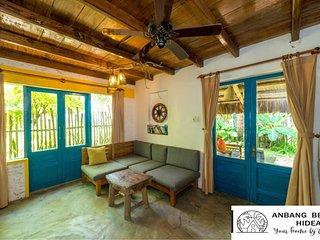 Beach Front Villa, Anbang Beach Hideaway Homestay