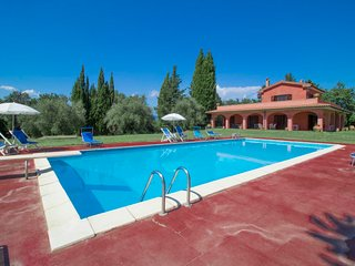 4 bedroom Villa in , Tuscany, Italy : ref 5697202