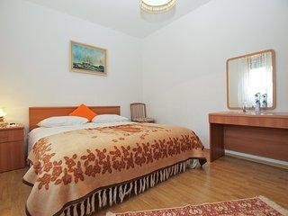 Apartment 557