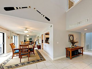 Fall Savings! 3BR Sea Pines Villa on Fairway w/ Pool & Private Patio