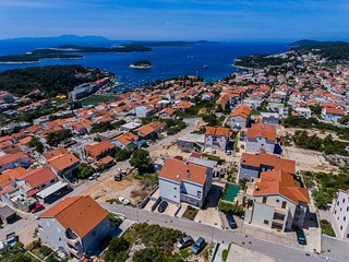 HR36 House view for 18 people in the heart of Hvar